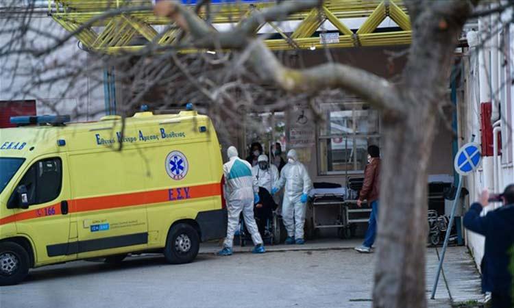 Στους 316 οι νεκροί στην Ελλάδα από κορωνοϊό