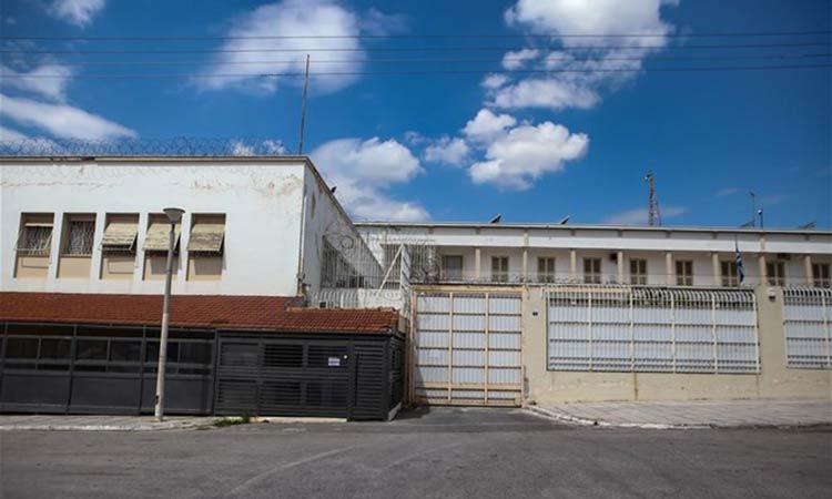 Φυλακές Κορυδαλλού: Βρέθηκαν κινητό – ρόπαλα και μεταλλικές ράβδοι σε κελιά τρομοκρατών της 17Ν και του Επαναστατικού Αγώνα