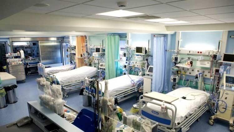 Διασωληνωμένος στο Ασκληπιείο νοσηλεύεται 25χρονος θετικός στον κορωνοϊό
