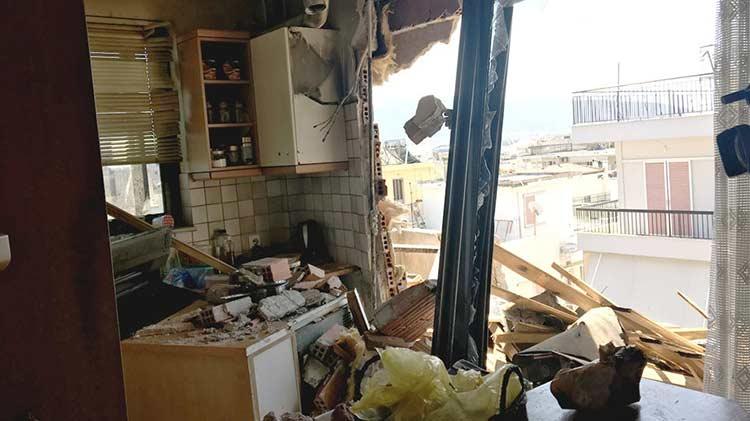Κακοκαιρία στο Ηράκλειο Αττικής: Δείτε το διαμέρισμα στο οποίο τραυματίστηκε σοβαρά γυναίκα