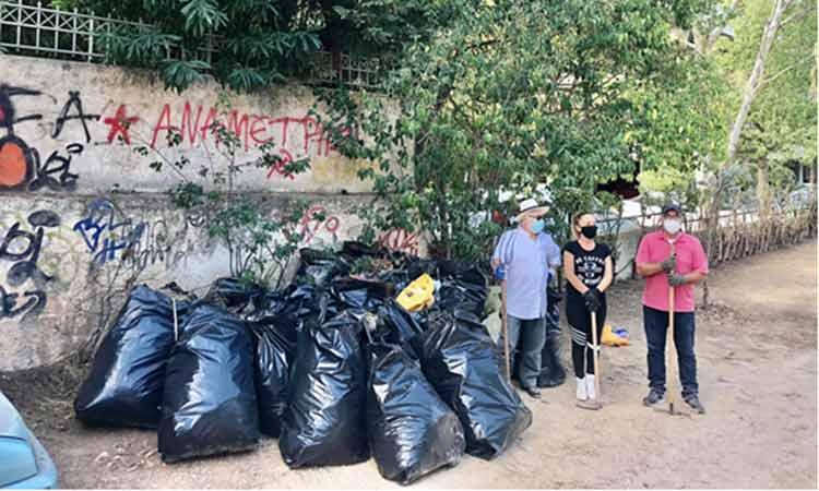 28 σακούλες σκουπιδιών μάζεψε η Νίκη των Πολιτών στην περιοχή του Τσακού Αγ. Παρασκευής