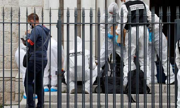 Επίθεση στη Νίκαια της Γαλλίας: Ένας 25χρονος ο δράστης – Τρεις νεκροί και έξι τραυματίες