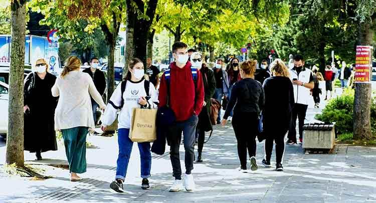 Κορωνοϊός: Σε ισχύ τα νέα μέτρα – Μάσκες παντού και απαγόρευση κυκλοφορίας το βράδυ