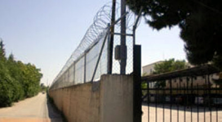 Διαψεύδει ο Δήμος Παπάγου-Χολαργού τα περί μεταφοράς προσφύγων και μεταναστών στο στρατόπεδο «Φακίνου»