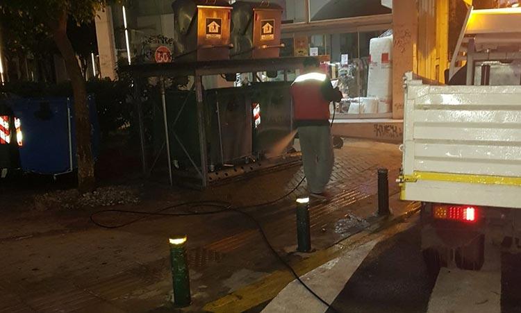 Εργασίες καθαριότητας και απολύμανσης στο Μαρούσι