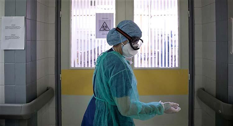 921 κρούσματα κορωνοϊού στην Αττική την Κυριακή 4/4 – Στις 1.955 οι μολύνσεις στο σύνολο της χώρας