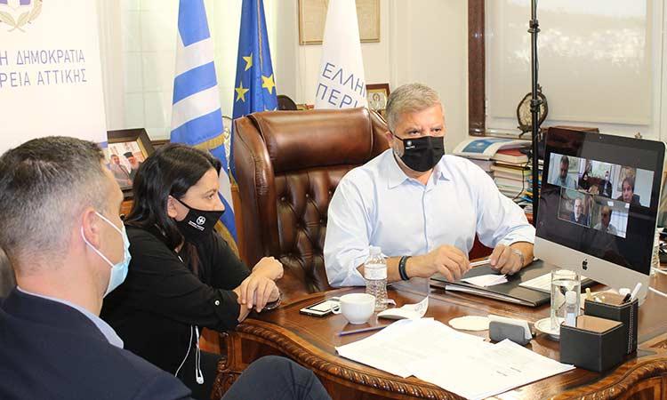 Για τον περιφερειακό σχεδιασμό στη διαχείριση στερεών αποβλήτων συζήτησαν Γ. Πατούλης και οι 5 δήμαρχοι της Π.Ε. Πειραιά