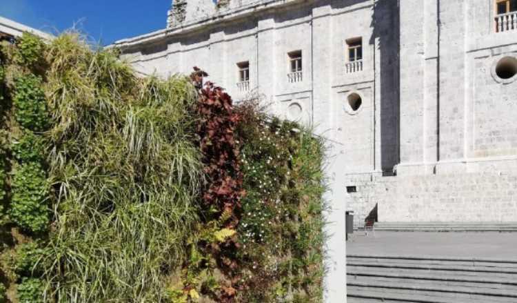 Στο 1o εκπαιδευτικό σεμινάριο του Urban GreenUP Project για το «Vertical Greening» ο Δήμος Κηφισιάς
