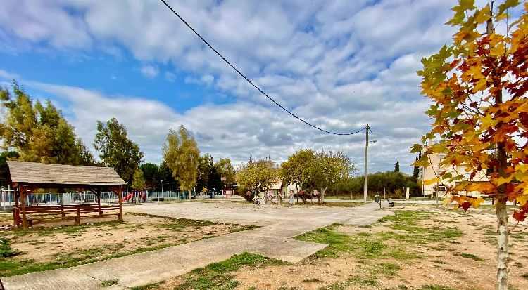 Στην ιδιοκτησία του Δήμου Κηφισιάς η πλατεία Αδαμών