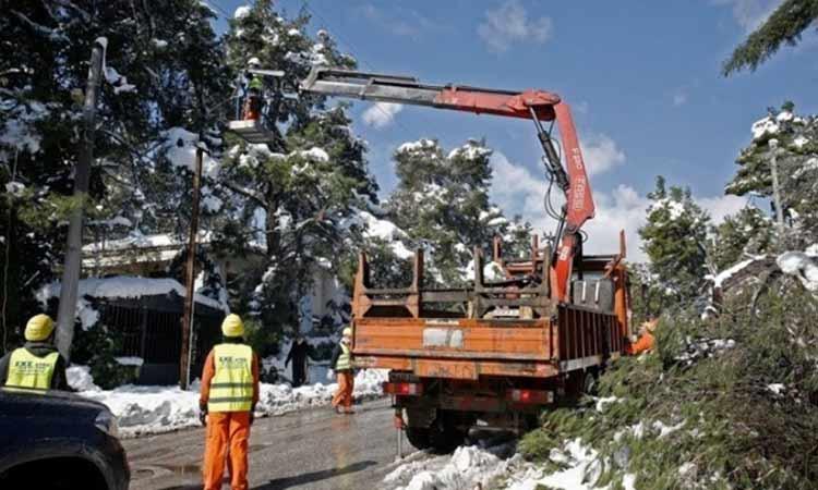 ΔΕΔΔΗΕ: Συνεχίζονται οι εργασίες στη χαμηλή τάση – 400 νοικοκυριά χωρίς ρεύμα στην Αττική