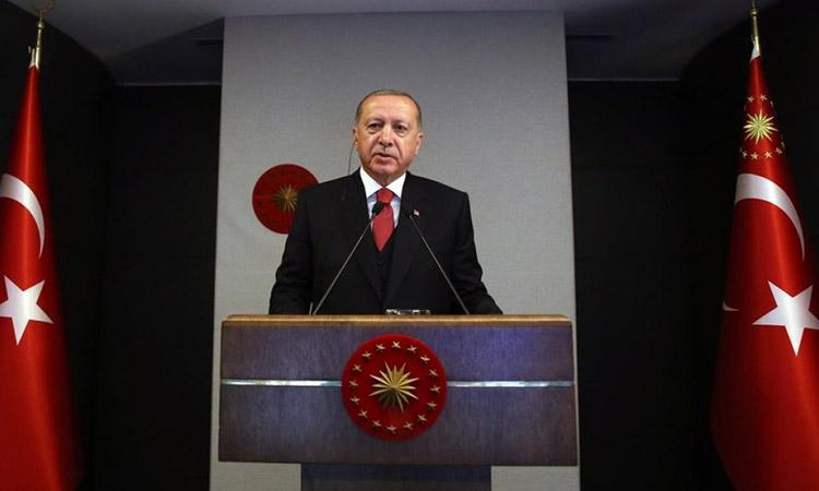 Time: Πώς η αλλοπρόσαλλη διακυβέρνηση του Ερντογάν αποτελεί κίνδυνο για όλο τον πλανήτη