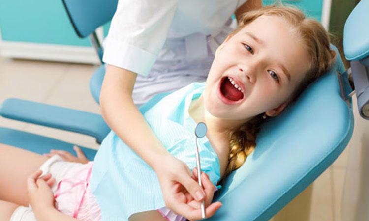 Δήμος Αγίας Παρασκευής: Συνεχίζεται ο δωρεάν οδοντιατρικός έλεγχος για τα παιδιά