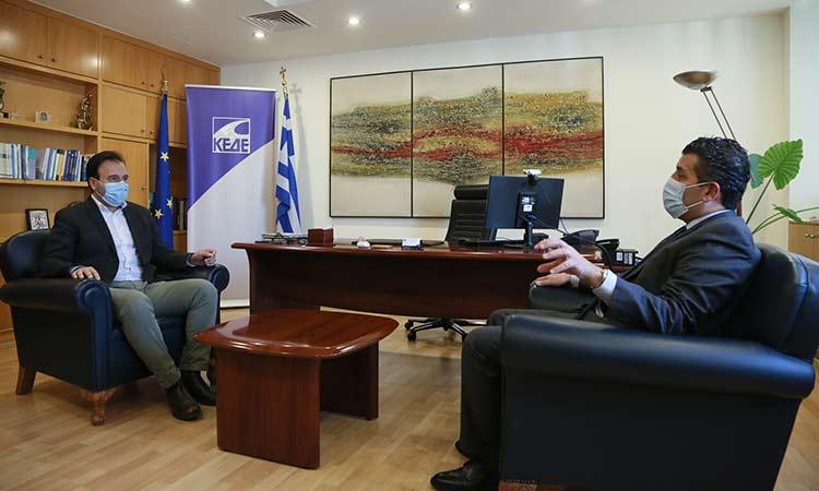 Συνάντηση τομεάρχη Ενέργειας της Ν.Δ. Σωτ. Ησαΐα με τον πρόεδρο της ΚΕΔΕ Δ. Παπαστεργίου