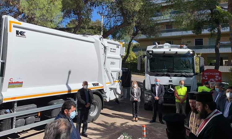 Δύο νέα υπερσύγχρονα απορριμματοφόρα στον στόλο της υπηρεσίας Καθαριότητας Δήμου Λυκόβρυσης-Πεύκης