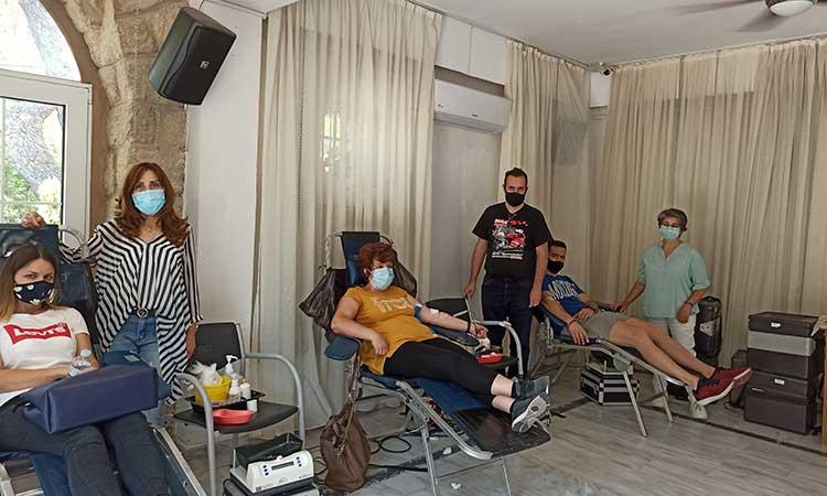 Μαζική η συμμετοχή των εργαζομένων στην εθελοντική αιμοδοσία του Δήμου Κηφισιάς