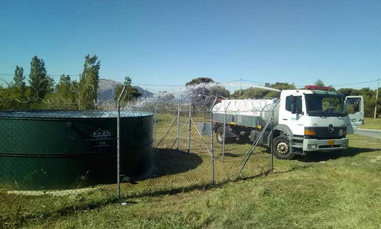 Περιμετρικός καθαρισμός των υδατοδεξαμενών πυροσβεστικών ελικοπτέρων  στο Πεντελικό από ΣΠΑΠ και Δήμο Κηφισιάς