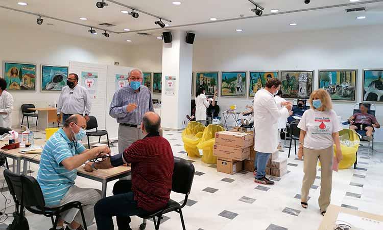 247 μονάδες αίματος συλλέχθηκαν στην 37η Εθελοντική Αιμοδοσία Δήμου Αμαρουσίου