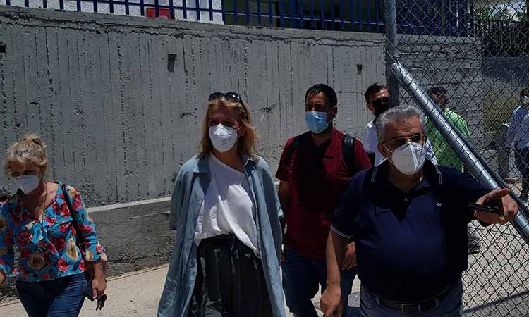 """Η Ρ. Δούρου στην Αγία Βαρβάρα – «Χωρίς μακέτες, χωρίς τυμπανοκρουσίες, στηρίζουμε τους πολίτες που """"ξεχνά"""" η κυβέρνηση»"""