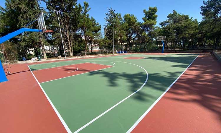 Παραδίδεται σε χρήση τις επόμενες μέρες το ανοιχτό γήπεδο μπάσκετ «Χ. Χαντζόπουλος» στον Χολαργό