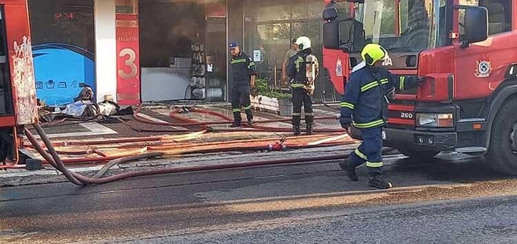 Χαλάνδρι: Φωτιά σε καθαριστήριο στην Πεντέλης – Μεγάλες ζημιές στην επιχείρηση