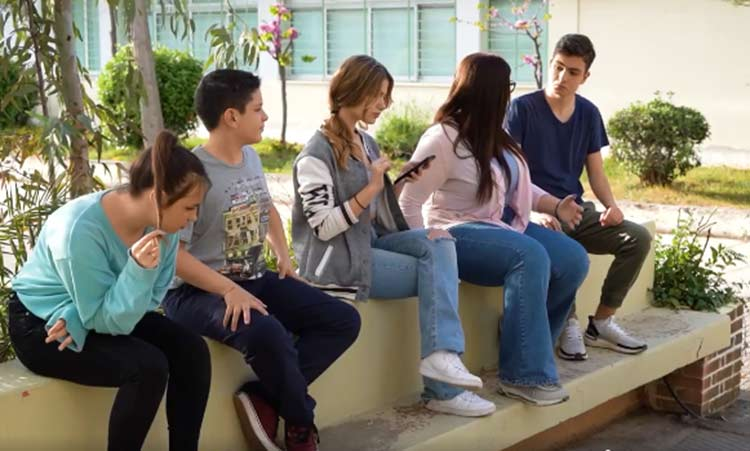 Νέοι του Δήμου Κηφισιάς γίνονται «πρεσβευτές» του προγράμματος κομποστοποίησης – Βίντεο
