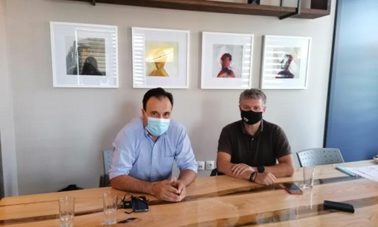 Εμβολιασμοί και χρηματοδοτικά εργαλεία στο επίκεντρο της συνάντησης του Δ. Παπαστεργίου με τον δήμαρχο Αγιάς