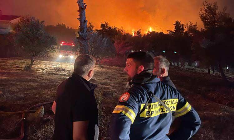 Άμεση η συνδρομή της Περιφέρειας Αττικής στο έργο κατάσβεσης της πυρκαγιάς στη Ν. Μάκρη
