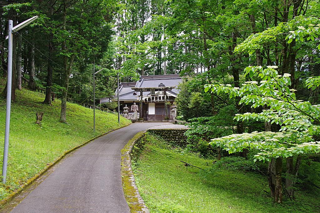 conv0002 8 - 天聖神社