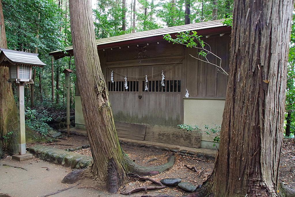 conv0006 8 - 白山神社(はくさんじんじゃ)