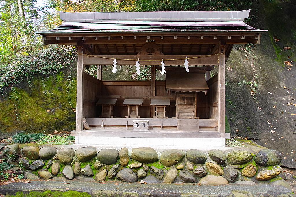 conv0007 3 - 三嶋神社 (日の出町)