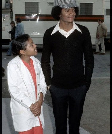 Michael and Janet Jackson; famous super talented siblings
