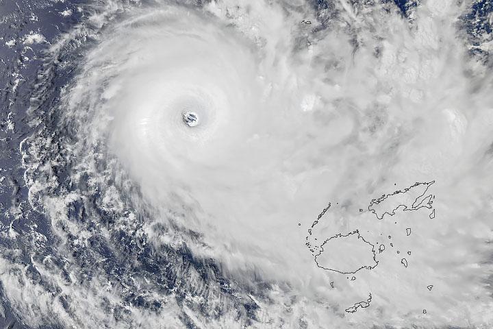 Cyclone Yasa Bearing Down on Fiji