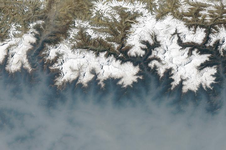 A Fierce Fire Season in Nepal