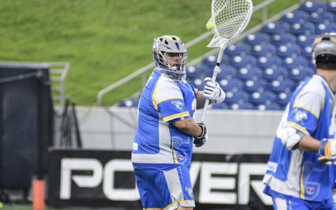 Connecticut Outlasts Boston, 11-8
