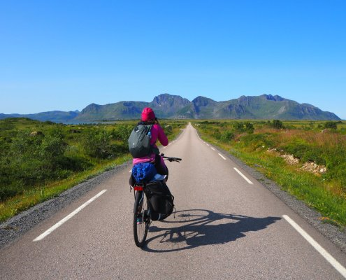 In bici all'isola di Gimsoya