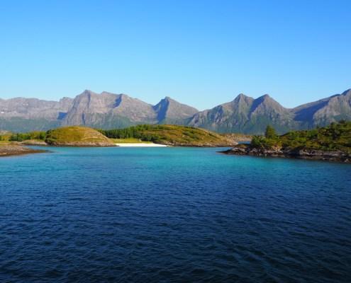 splendide isole durante la navigazione per le Lofoten