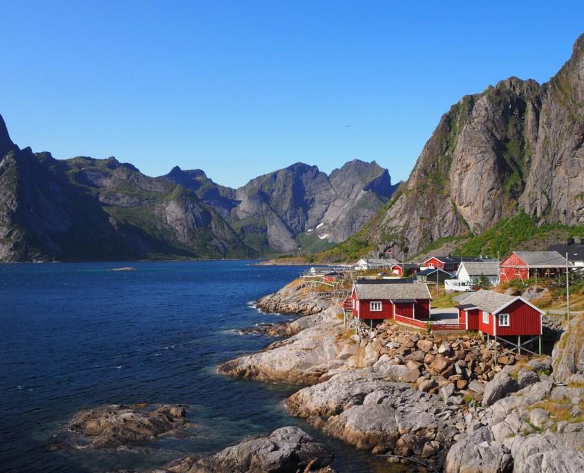 immagine della baia di Reine alle isole Lofoten