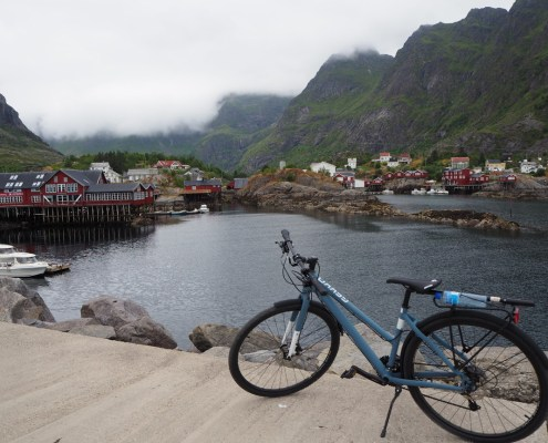 bici sul molo di Ai Lofoten