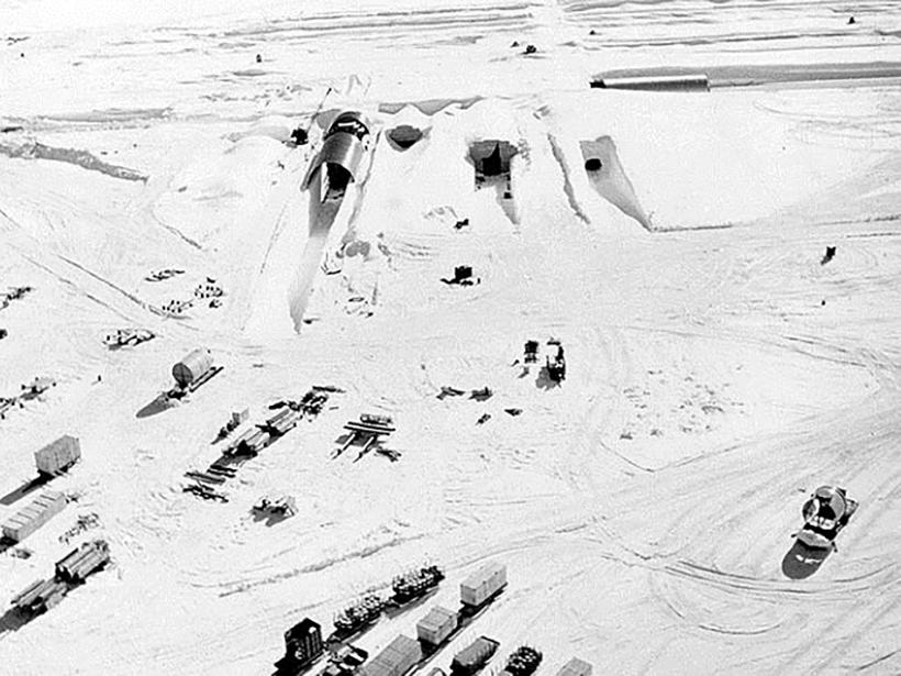 Greenland-Ice-Sheet-melting-abandoned-hazardous-waste-Camp-Century