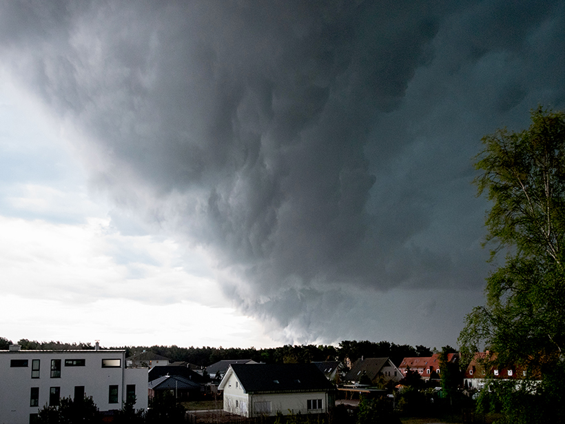 Researchers look at raindrop size to understand the mechanics behind thunderstorm squall lines.