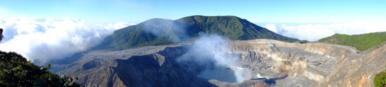 Gas emissions from Costa Rica's Póas volcano
