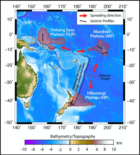 A map of eastern Australia, New Guinea, and New Zealand identifying the Ontong Java, Manihiki, and Hikurangi oceanic plateaus.