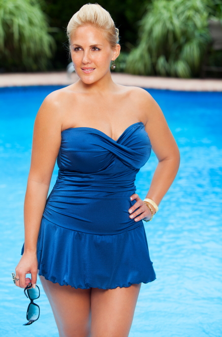 5 Plus Size Swimsuits for Beautiful Curvy Girls