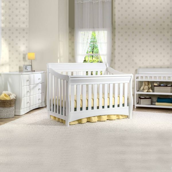 Crib and Changing Table Dresser Set