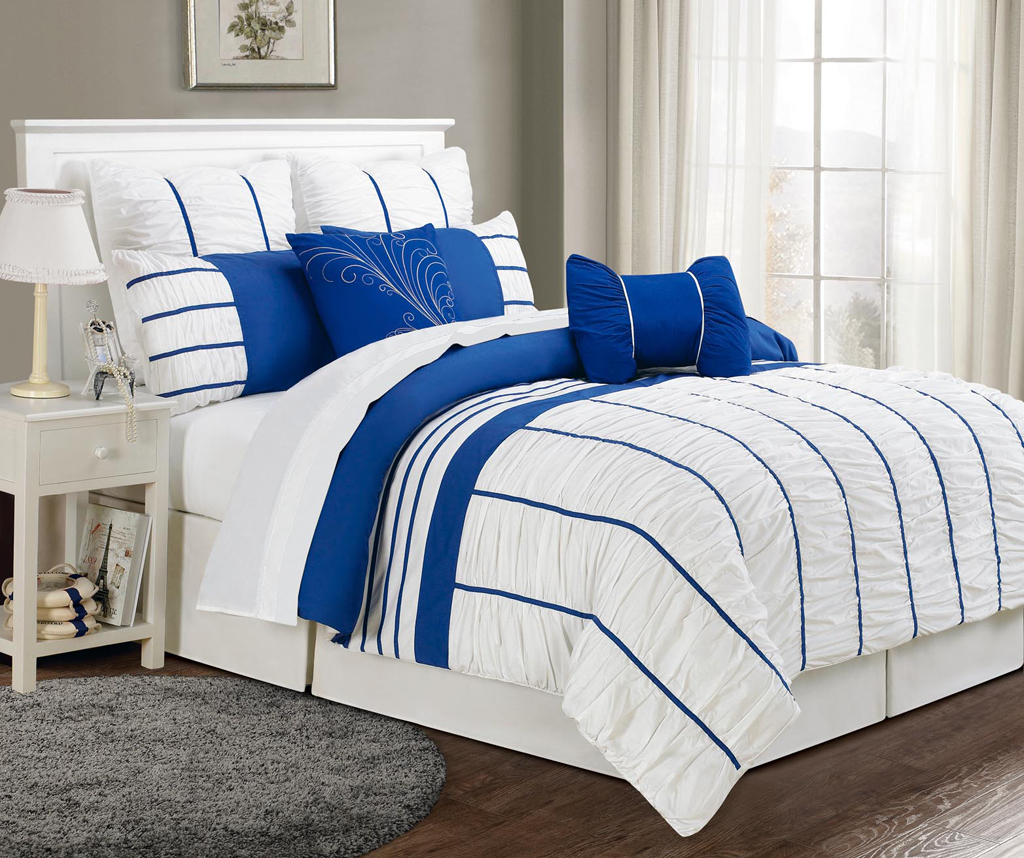 8 Piece Cal King Villa Blue And White Comforter Set