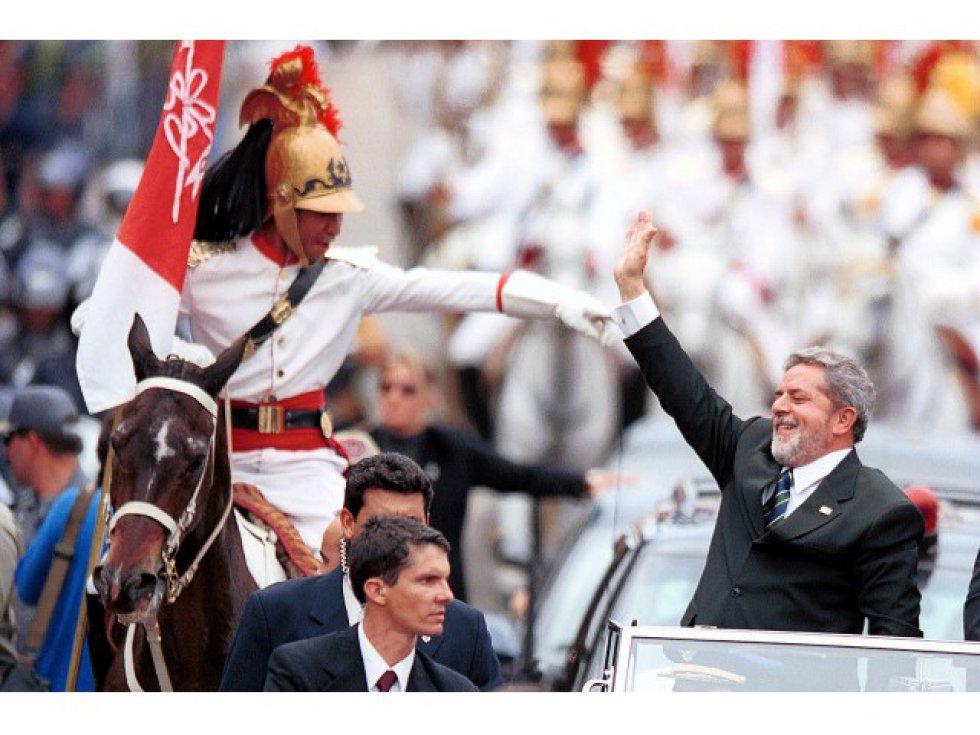 1554405053 400610 1554411544 album normal - SÃO PAULO E JOÃO PESSOA NO CIRCUITO: fotos de Lula são leiloadas e arrecadação passou de R$ 623 mil