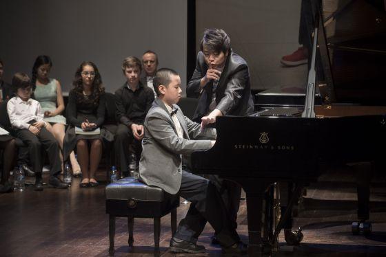 Resultado de imagen para imagenes niños pianistas