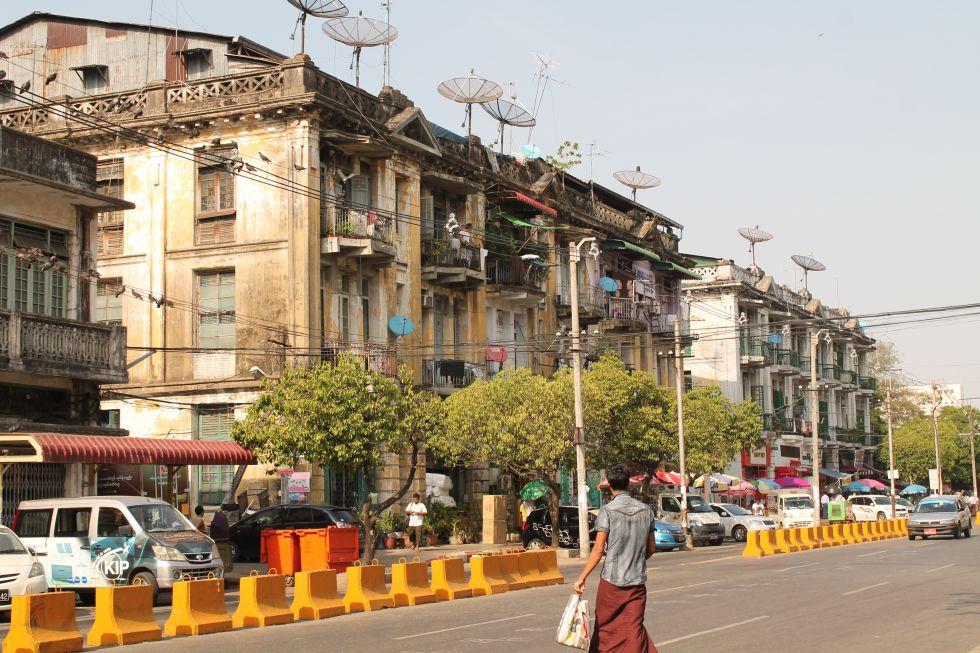 Fachadas de edificios en el centro de la ciudad