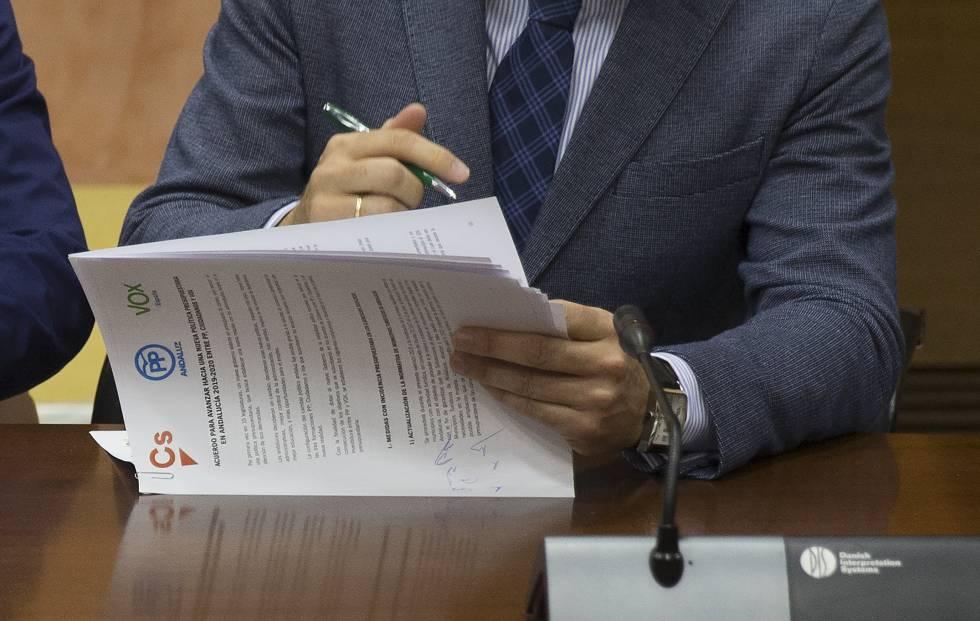 """Vox esgarrapa 100.000 euros per a andalusos """"amb problemes en matèria d'immersió lingüística"""""""