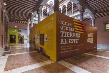 Una imagen de la exposición 'Dicen que hay tierras al este', en Zaragoza.